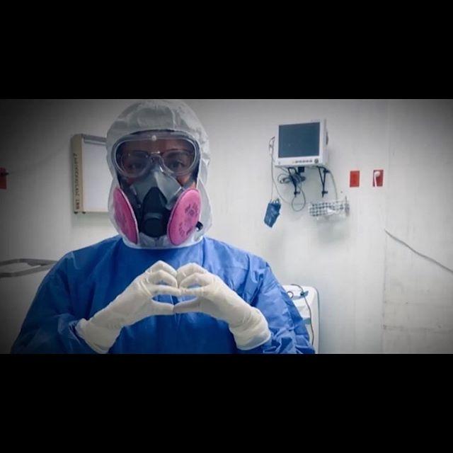 Hoy más que nunca, celebramos y honramos a los MÉDICOS por seguir de pie, por nunca detenerse… Hoy en el #DíaDelMédico Gracias un millón a ustedes, héroes en la primera línea frente al COVID-19! 👩⚕️👨⚕️❤️❤️❤️